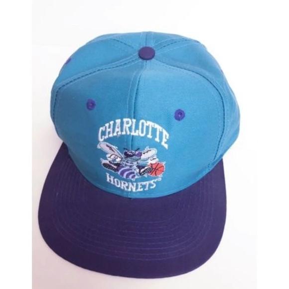 7cc6ad4f Vintage Deadstock Charlotte Hornets Snapback Hat. M_5c6b7a819519963c030e7b12